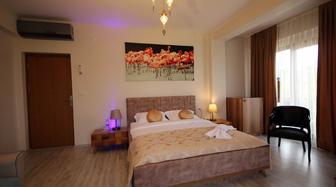 Altınova Otel Fiyatları