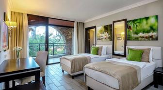 Karacasöğüt Otel Fiyatları