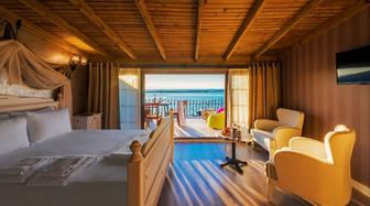 Ayvalık Altınova Otel Fiyatları